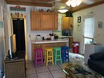 Flat screen TV with WiFi. Kitchen with everything you need!