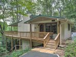 'Cabin Fever' is in a secluded location in the Pisgah National Forest!