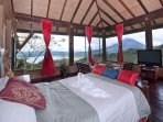 Amazing Volcano Views - Penthouse Apartment - $180-night