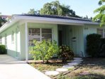 Book your vacation at this cute, private and spacious two bedroom villa on Siesta Key!