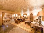 The King's Suite features an elegant tin ceiling.