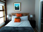 New Queen bed (firm) with luxury linens from Canadian Linen.