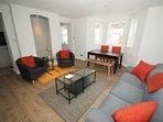 Lounge & Dining area