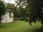 Hawkshead Hideaway separate garden.