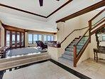 Entryway - As you walk in you see Ocean Views!