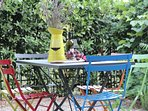 Beautiful private garden perfect for the afternoon aperitivo!