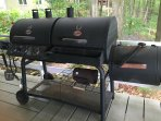 The smoker in action.