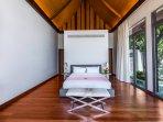 Villa Paradiso Naithon Beach Phuket - Master Bedroom