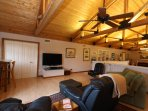 Spacious & Comfortable Loft with 55' HDTV