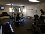 Building B weight room