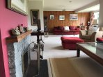 Large Lounge