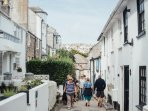 The popular coastal town of St Ives is only a 10 minute drive from Hawkes Point