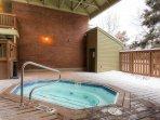 Silvertown Condos Private Hot Tub
