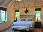 Master Bedroom w/King Tempur-Pedic mattress