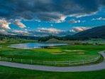 Golf Course,Grassland,Sky,Field,Grass