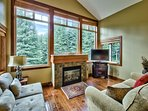Fire place, view of Tod mt. surrounded by green space, TV (DVD, cable, HDMI) and Wifi