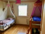2nd BR with two single beds & third single cot possible, or single bed & firm double bed 160x200 cm