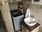 Main bathroom with washing machine