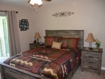 Master bedroom, queen bed,