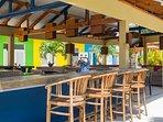 Palapa bar & lounge