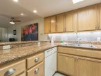 Bahia Mar 565 Kitchen