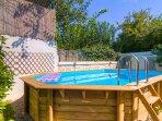 25 m² swimming pool