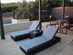 Sun lounges / Apt 2