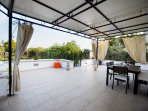 Beautiful and very large terrace, very romantic in the evenings. Custom-made large gazebo.