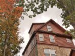 3 level cabin with views from every room to enjoy the fall colors October brings