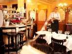 Very good French food in this affordable restaurant listed monument (5 minutes)