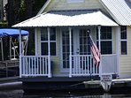 cottage front porch