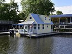 Floating Cottage . . .afloat on the St. Johns River in Florida