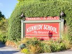 Kennedy School - .6 miles from Sumner Guest House