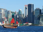 Stay on Kowloon side to see the beauty of Hong Kong!