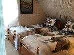2nd floor guests bedroom