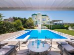 Top, light-flooded Home & Tailor made Options