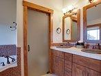 master bath dual sinks and huge tub