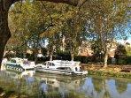 le canal du midi en bas de la rue de l'église