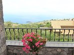 Villa with all sea view balcony with car parking, private swimming pool on the rock holiday sorrento