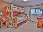 8th Bedroom - Bunk Room - Twin over Queen Bed and Access to Full Bath with Tub/Shower