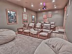 8-seat movie theater with 80' HD projector, Blu Ray