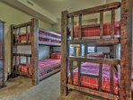 Park City Silver Star (ski in/Ski out)- Bunk Room with 2 Twin over Twin Bunk Beds and attached bathroom