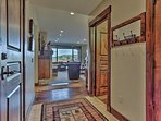 Park City Silver Star (ski in/Ski out)- Entry Way