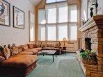 EastWestResorts_HL402_Livingroom.jpg