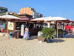 Beach Bar within a 3-minutes-walk