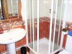 Bathroom II: shower,shampoo