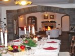 Villa in sorrento coast living and dining area with fireplace, central heating special christmas eve