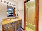 2nd Bathroomm