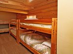 Bunk Room w/ 3 twin over twin bunks