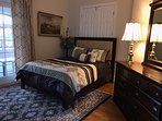 Green room - suite at Loudoun Valley Manor